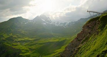 Passeggiata sulla prima scogliera di Grindelwald