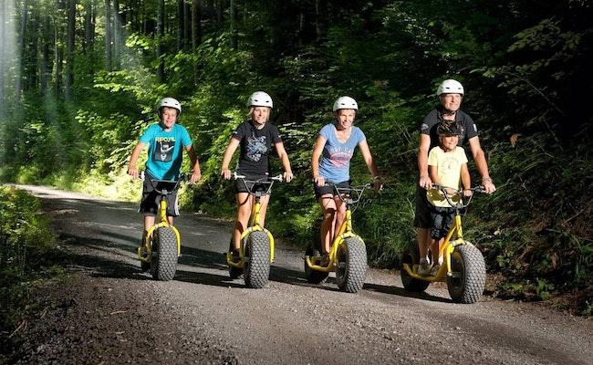 Scooter Tour Isenfluh | Familienausflug im Berner Oberland