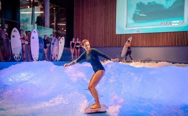 Private Session Indoor Surfen | Die Citywave im Oana Ebikon mieten