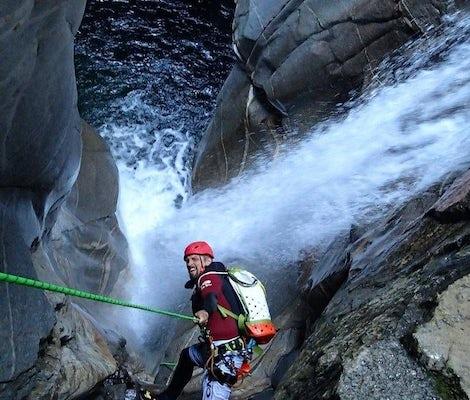 Lodrino Experts Canyoning
