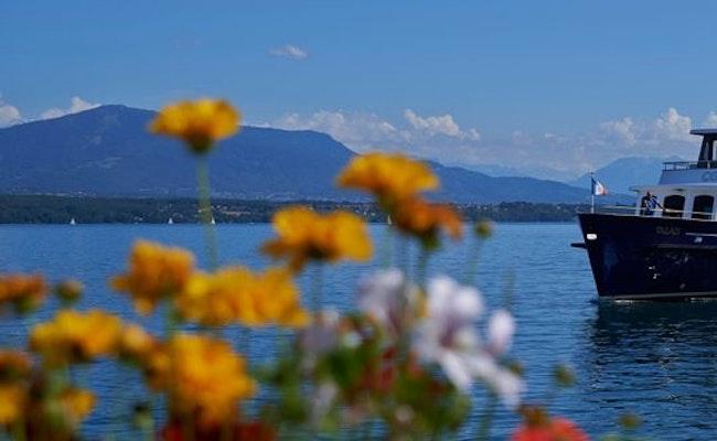 Schiffstour durch Genf | 1-stündige Sightseeing Tour mit Audioguide