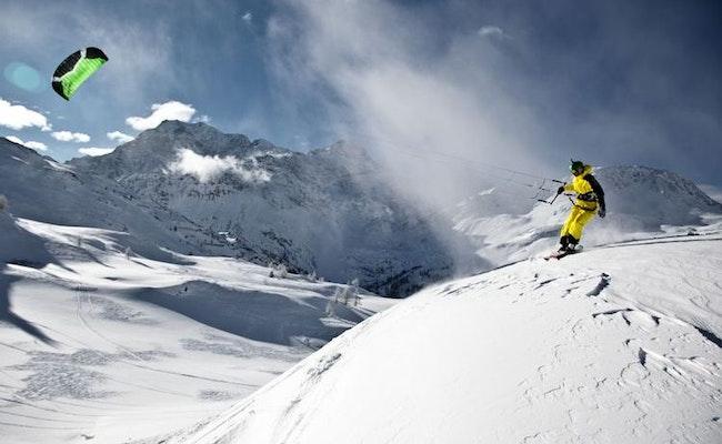 Snowkiten auf dem Simplonpass   Übergangs-Tageskurs für Kitesurfer
