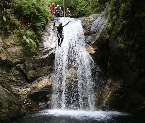 Canyoning Cugnasco Tessin Fortgeschrittene