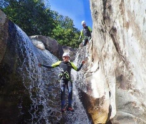 Iragna canyoning top 5 jump waterfall